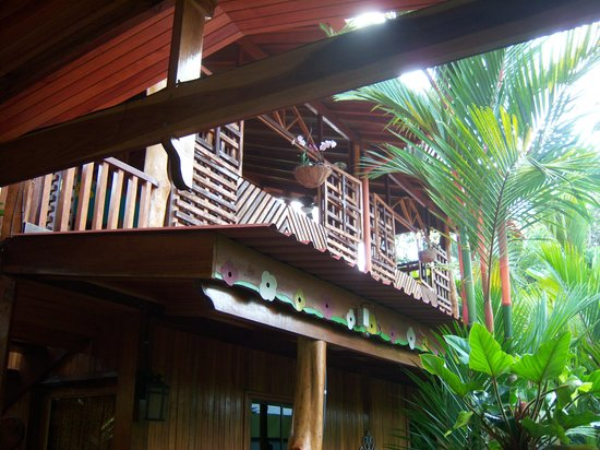 Physis Caribbean Bed & Breakfast: beautiful woodwork