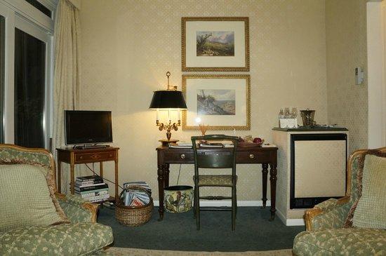 Blantyre: Sitting Room - I