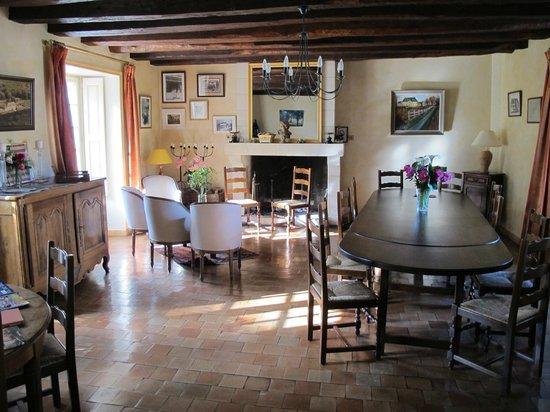 Manoir de Chaix : Dining room