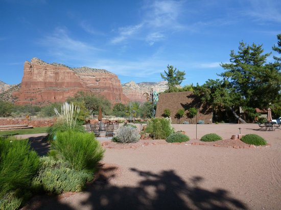 Red Agave Resort: Courtyard view