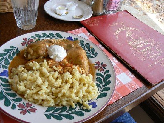 Balaton Restaurant: Chicken Paprikash and Nokkedli