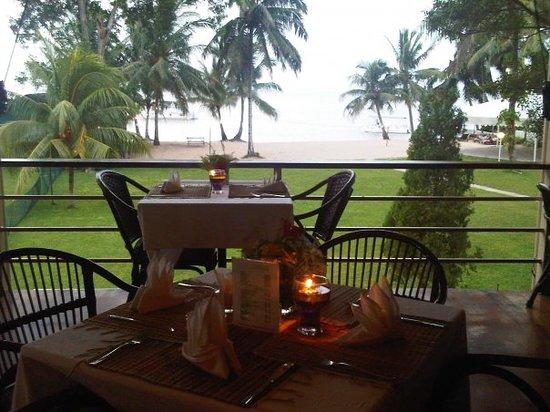 لانجكا سيابس بيتش ريزورت: Balcony Restaurant