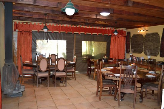 Aero Guest Lodge: Dining area