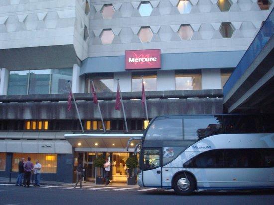 Hôtel Mercure Bordeaux : Frente del hotel