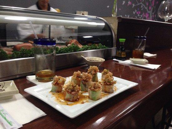 Maguro Sushi: Favorito roll