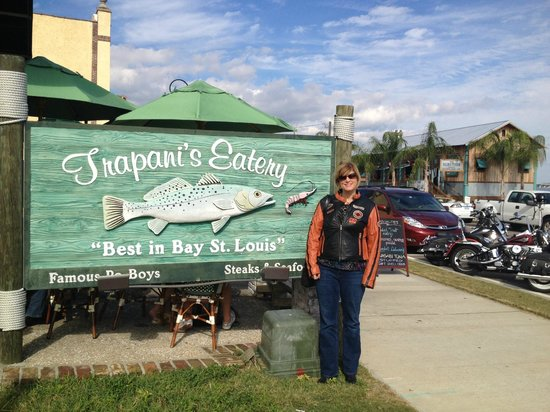 Trapani's Eatery: Great Place to Eat in Bay St. Louis