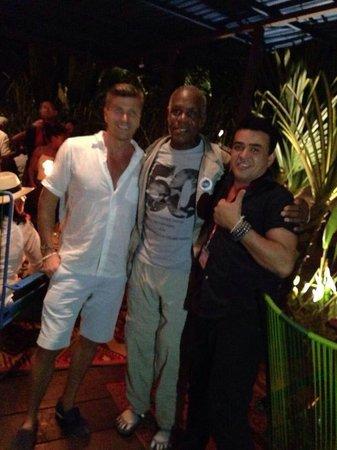 KOKi Beach Restaurant & Bar: Hollywood actor Danny Glover enjoyes Koki Beach