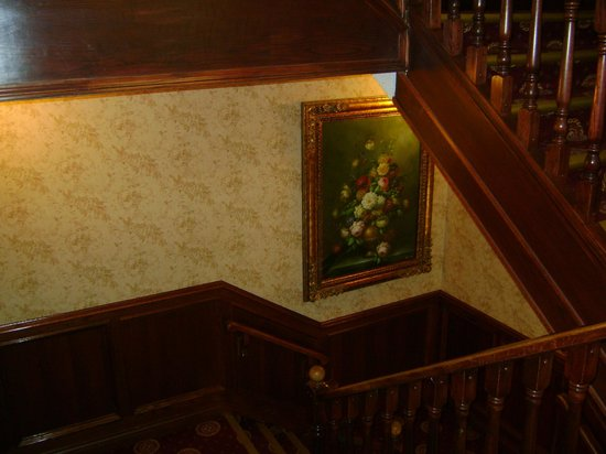 Athabasca Hotel : Stairs