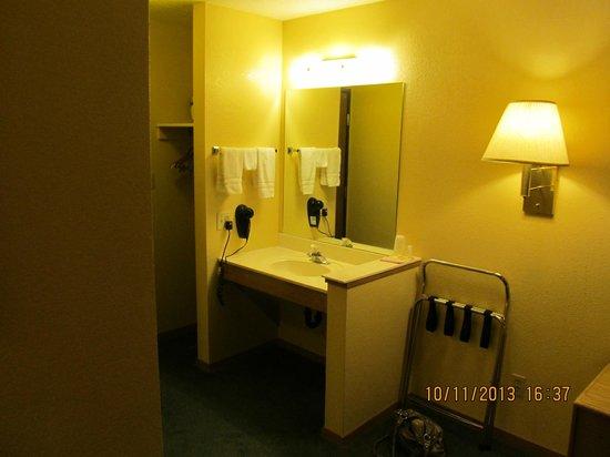 Days Inn Moab: Bath Area