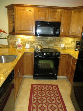 Honokeana Cove Condominiums : Kitchen - newly renovated with granite countertops - unit 111