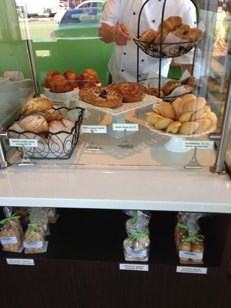 The Sweet Spot Bakery: So many choices ....