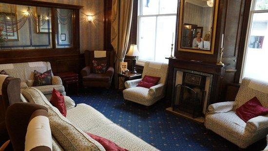 London Elizabeth Hotel: Lobby