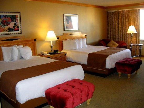 Bally S Las Vegas Guest Rooms