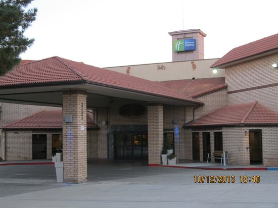 Holiday Inn Express Mesa Verde-Cortez: Front of the hotel