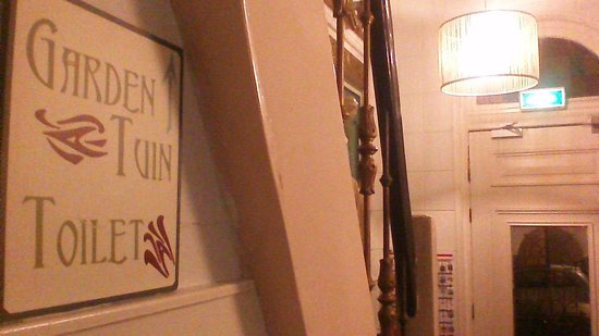 Sandton Hotel de Filosoof - TEMPORARILY CLOSED: Jugendstil achtige bordjes
