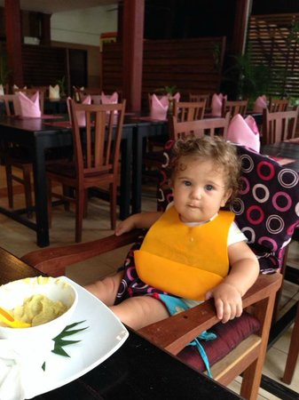 Angkor Heritage Boutique Hotel: At the restaurant