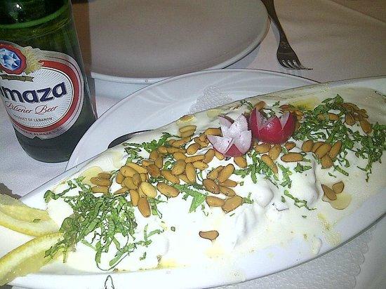 Le Cedre : Fatteh - tastes like 'Home'!