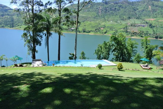 Ceylon Tea Trails : view from house