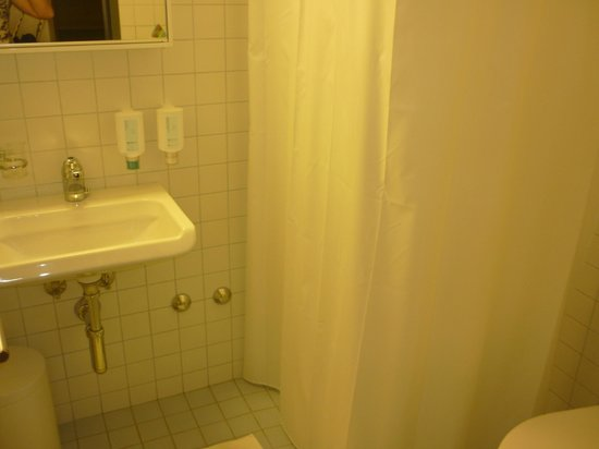 Hotel am Spisertor: bathroom