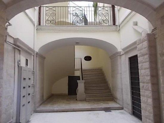 4 Camere a Trani