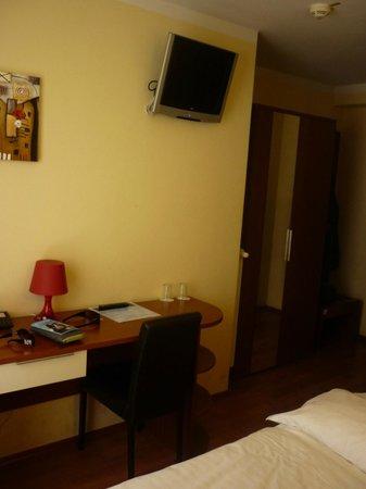 Atlas City Hotel : Room
