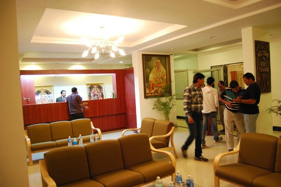Hotel KB's Grand Shirdi : Front Office Lobby