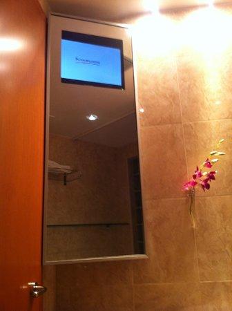 Hotel Peru Ambienthotels: Led Tv in Bagno