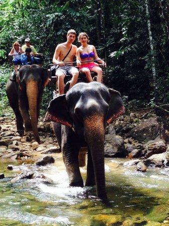 Ban Kwan Chang: Дорога в джунглях