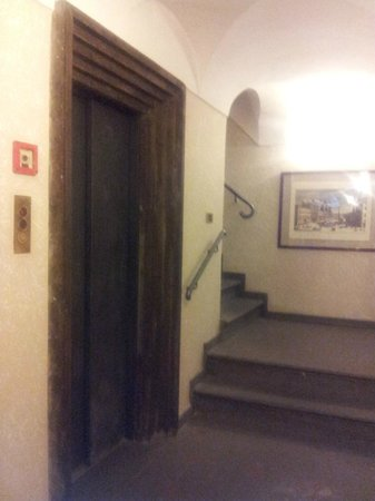 Relais Roma Centro : Ascensor