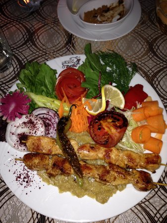 MDC Hotel: chicken kebabs at hotel restaurant