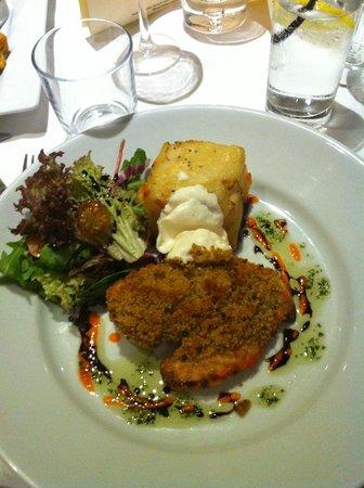 The Gate Inn: Chicken dish - yummy!