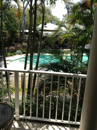 South Pacific Resort Noosa: The view from the balcony of room 19.