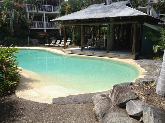 South Pacific Resort Noosa : The heated pool