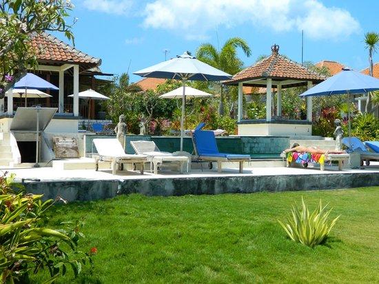Uluwatu Cottages: pool