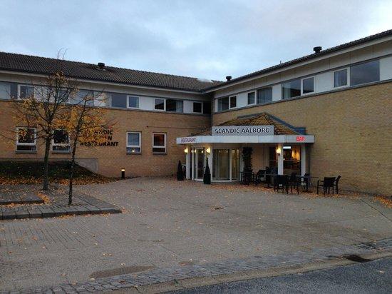 Scandic Aalborg East: Hotelindgang