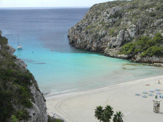 Hotel Playa Azul: Enfrente del hotel