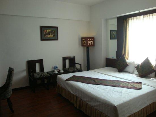 Antique Hotel: De Luxe bedroom