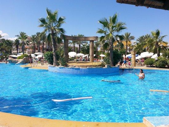 Zimbali Playa Spa Hotel: Vista desde la hamaca de la piscina