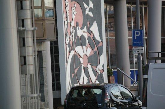 Maritime Hotel Rotterdam: Hotel Entrance
