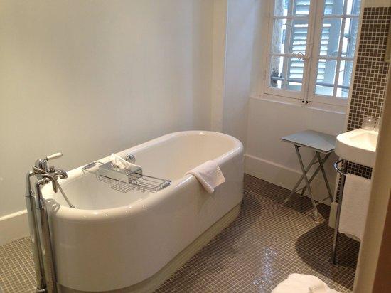 Chateau de Mazan : Salle de bain