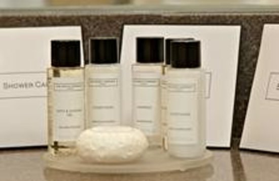 The Trout Hotel: Luxury The White Company Toiletries.