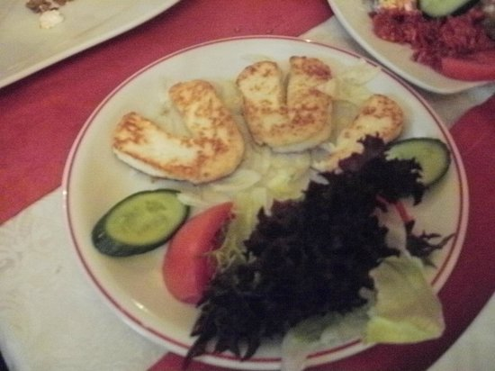 Diana Restaurant & Pub : el haloumi muy bueno