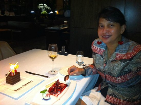 Amuz: Sharing the fresh fig dessert during anniversary dinner