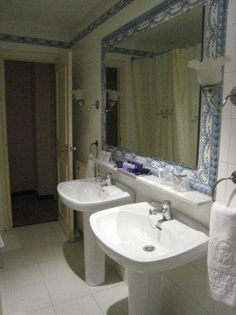 Hotel Dona Maria: la salle de bains