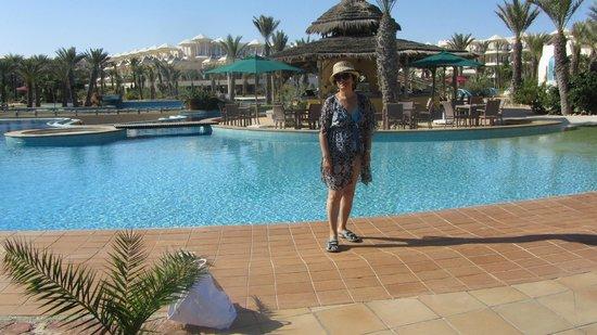 Hasdrubal Prestige Thalassa & Spa: La belle piscine