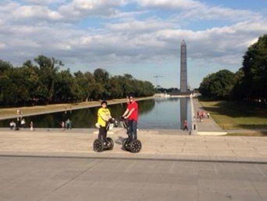 Smithsonian National Mall Tours : Washington memorial