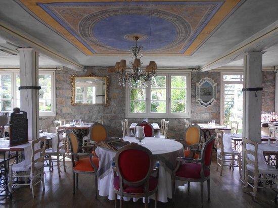Hôtel Eze Hermitage: dining area