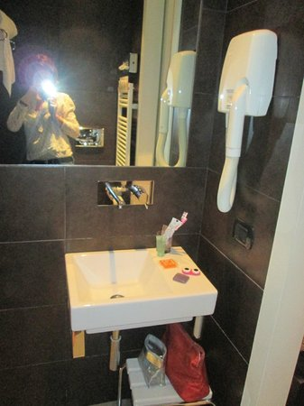Hotel Alpi: salle de bains