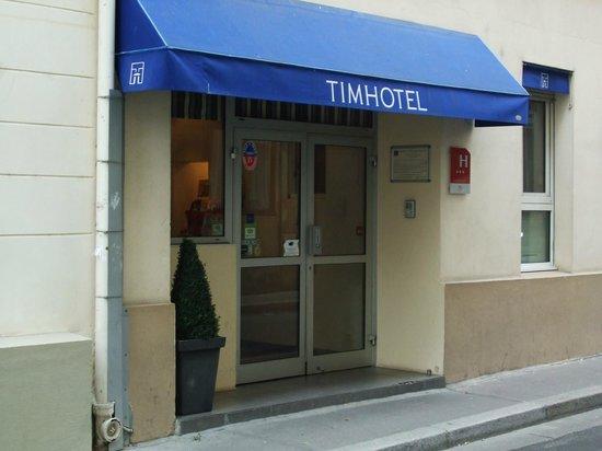 TIMHOTEL Paris Gare De Lyon: Hotel Entrance