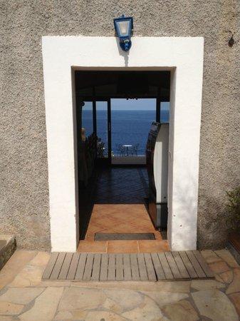 Hostal La Torre: vista ingresso ristorante
